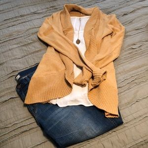 Urban Outfitters Gold sweater/cardigan